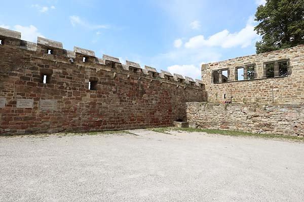 Burg-Schoenburg-17.jpg