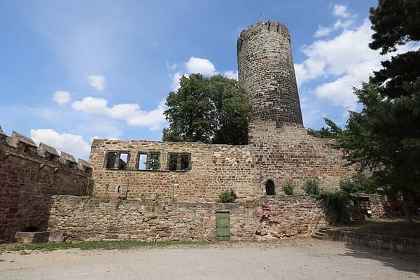 Burg-Schoenburg-19.jpg