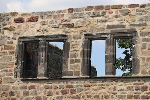 Burg-Schoenburg-22.jpg