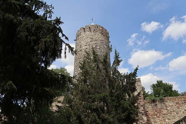 Burg-Schoenburg-27.jpg