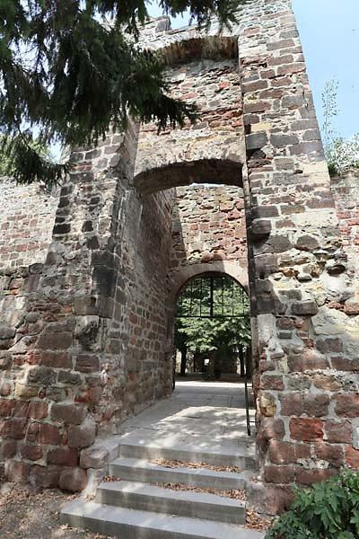 Burg-Schoenburg-29.jpg