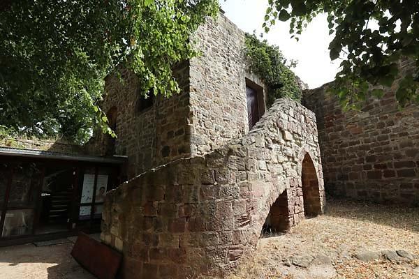 Burg-Schoenburg-35.jpg