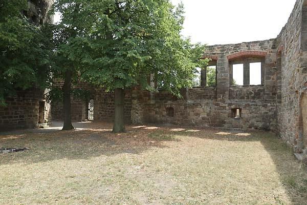 Burg-Schoenburg-43.jpg