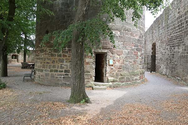 Burg-Schoenburg-56.jpg