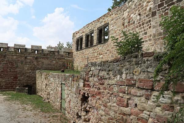 Burg-Schoenburg-60.jpg