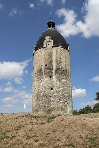 Schloss-Neuenburg-13.jpg