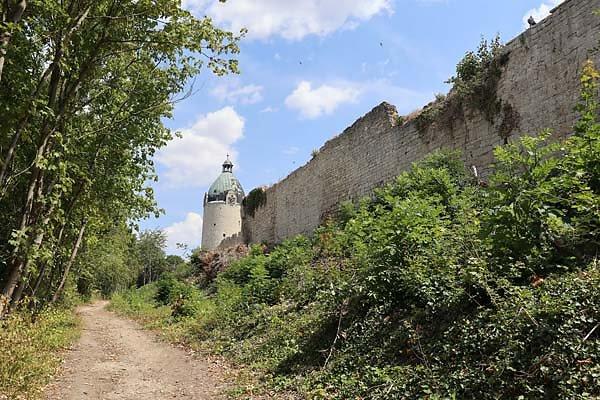 Schloss-Neuenburg-200.jpg
