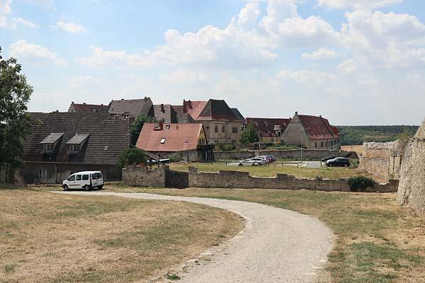 Schloss-Neuenburg-210.jpg
