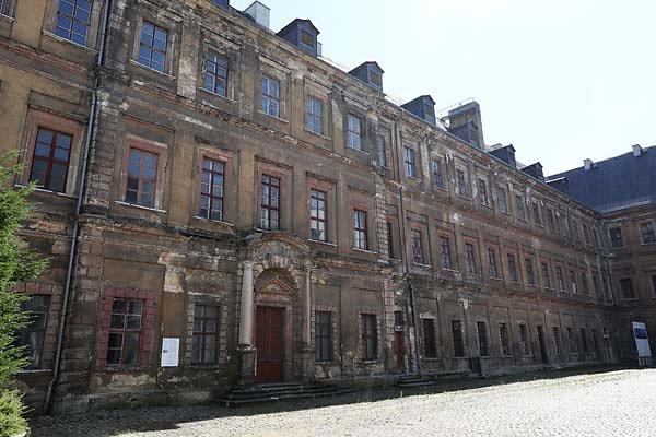 Schloss-Neu-Augustusburg-6.jpg