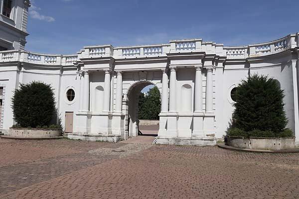 Schloss-Neu-Augustusburg-13.jpg