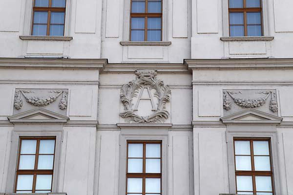 Schloss-Neu-Augustusburg-14.jpg