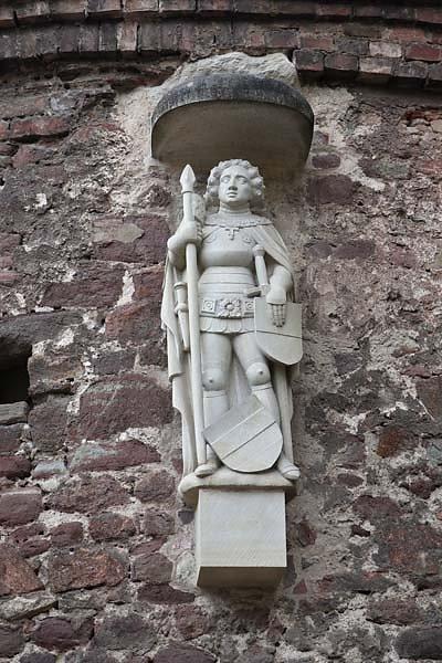 Burgruine-Giebichenstein-5.jpg