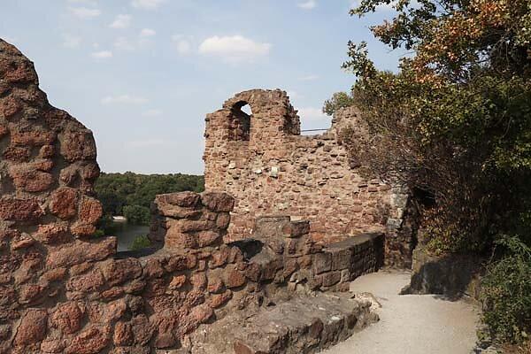 Burgruine-Giebichenstein-66.jpg
