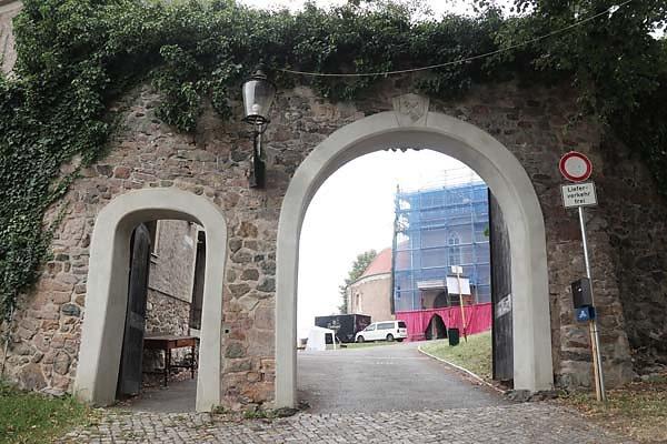 Burg-Schoenfels-4.jpg