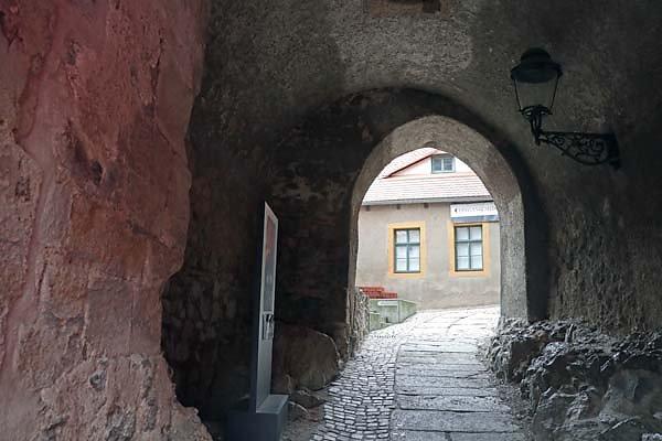 Burg-Schoenfels-6.jpg