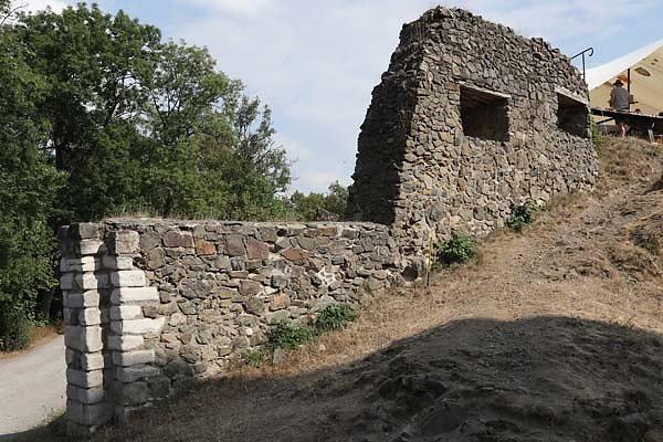 Burg-Falkenstein-1.jpg