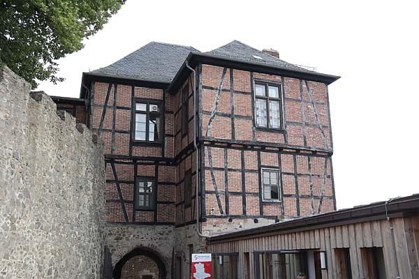 Burg-Falkenstein-20.jpg