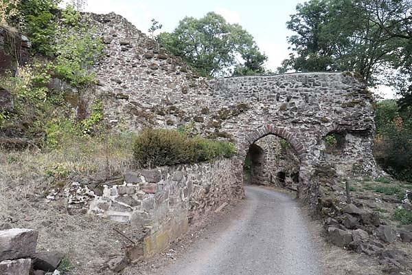 Burgruine-Hohnstein-16.jpg