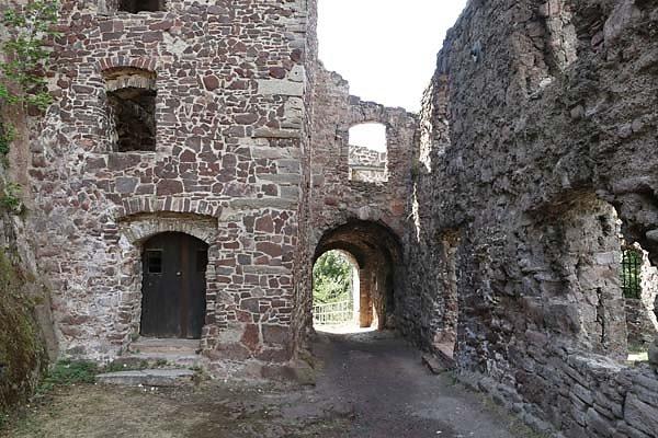 Burgruine-Hohnstein-57.jpg