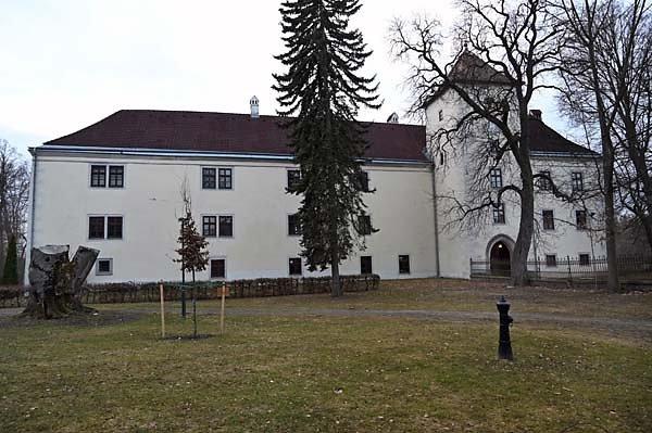 Schloss-Gmuend-1.jpg