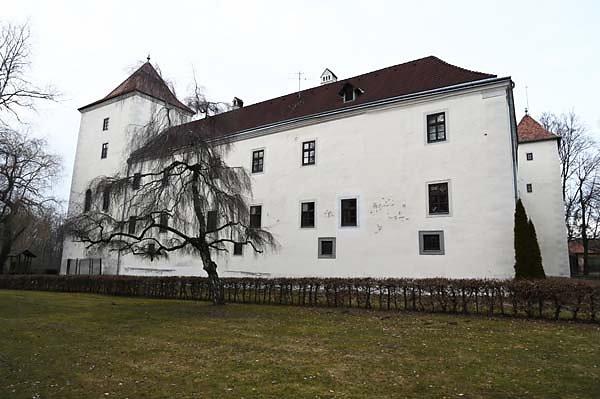 Schloss-Gmuend-5.jpg