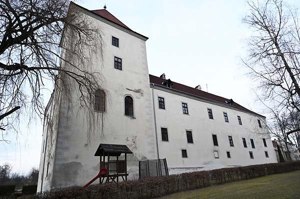 Schloss-Gmuend-10.jpg