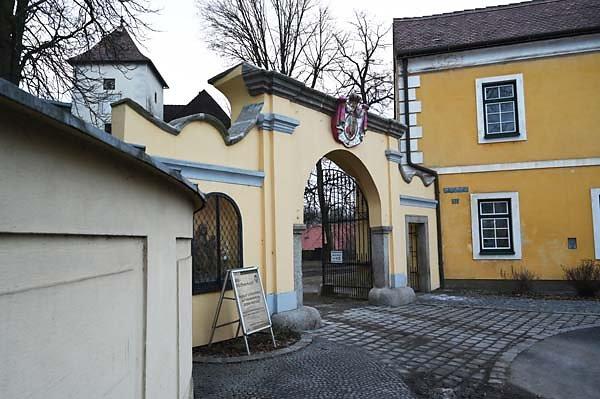 Schloss-Gmuend-11.jpg