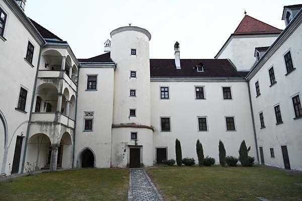 Schloss-Gmuend-22.jpg