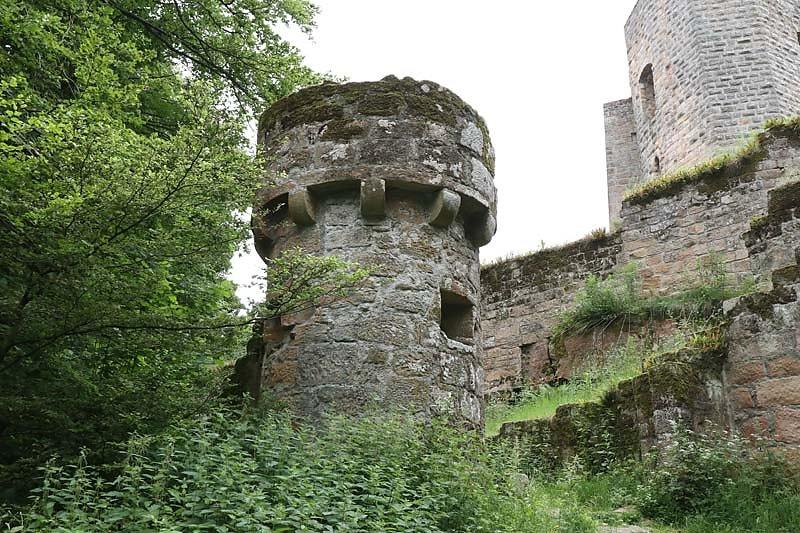 Burgruine-Graefenstein-2.jpg