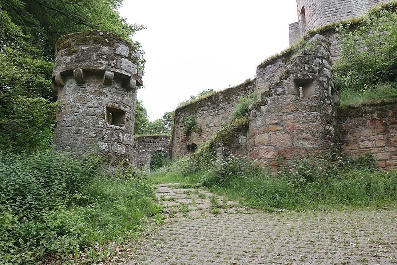 Burgruine-Graefenstein-4.jpg
