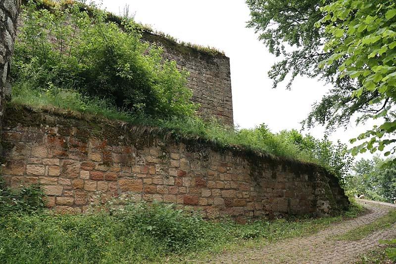 Burgruine-Graefenstein-7.jpg