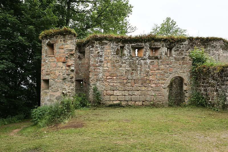 Burgruine-Graefenstein-19.jpg