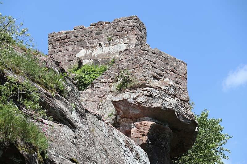 Burgruine-Wegelnburg-2.jpg