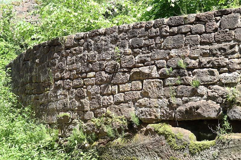 Burgruine-Wegelnburg-5.jpg
