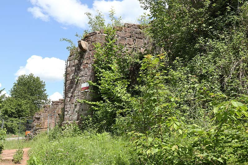 Burgruine-Wegelnburg-8.jpg