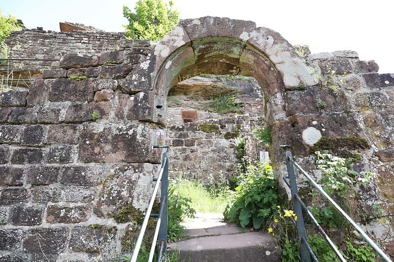 Burgruine-Wegelnburg-21.jpg