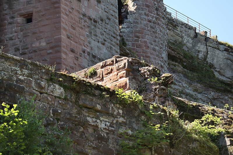 Burgruine-Fleckenstein-11.jpg