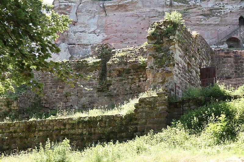Burgruine-Fleckenstein-19.jpg