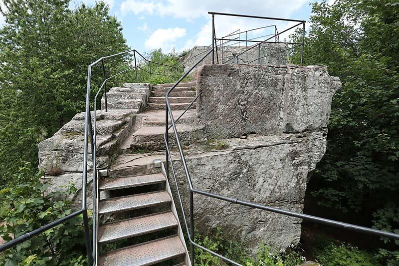 Burgruine-Loewenstein-16.jpg