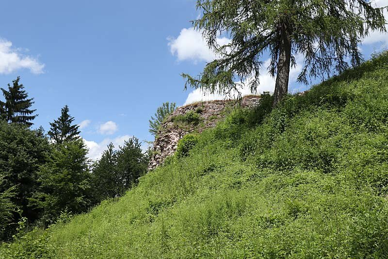 Burgruine-Hohenbourg-2.jpg