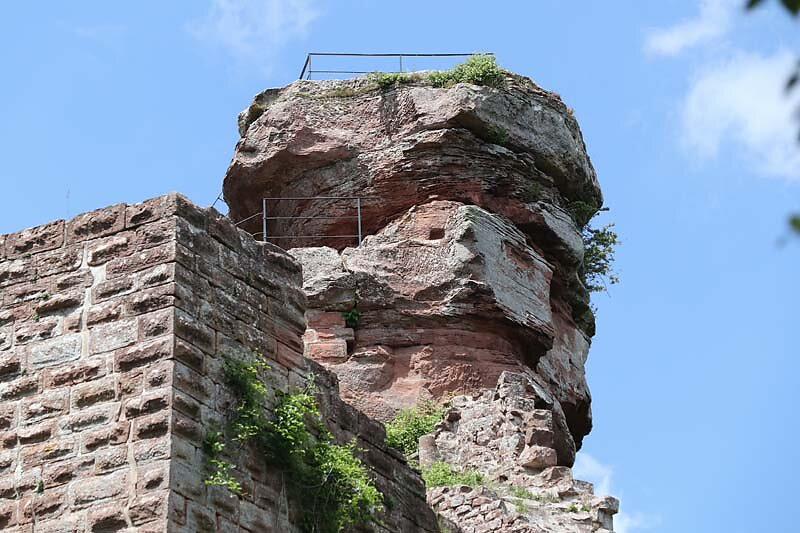 Burgruine-Hohenbourg-7.jpg