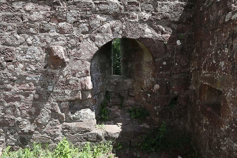 Burgruine-Hohenbourg-59.jpg