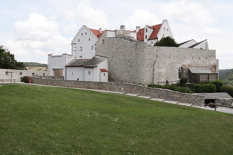 Burg-Rosenburg-2.jpg