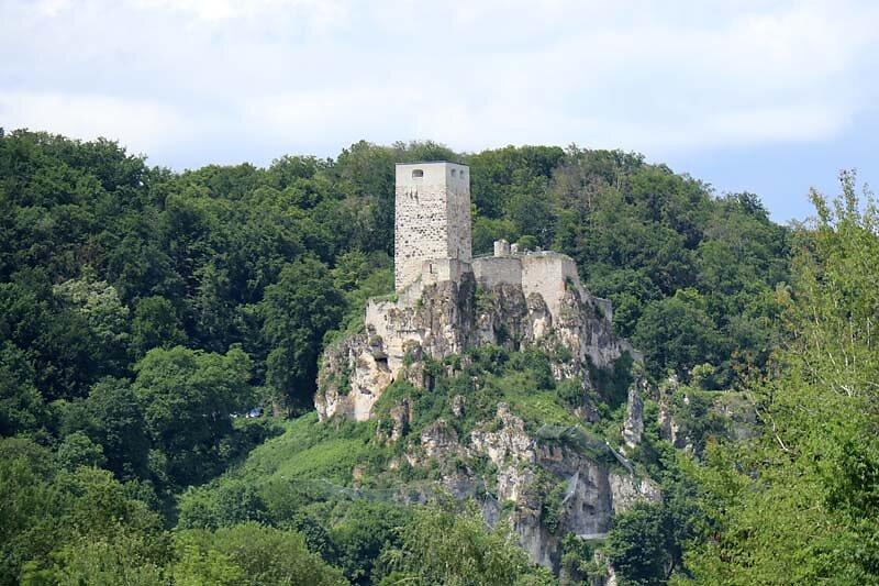 Burgruine-Wellheim-1.jpg