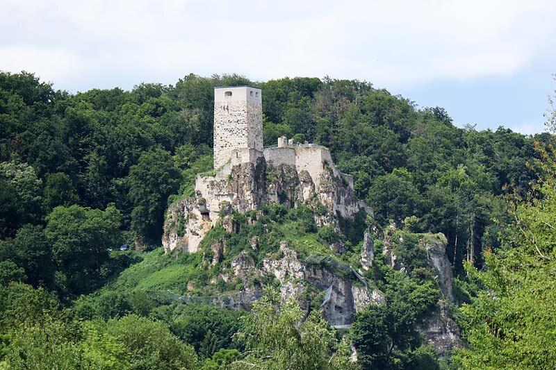Burgruine-Wellheim-2.jpg