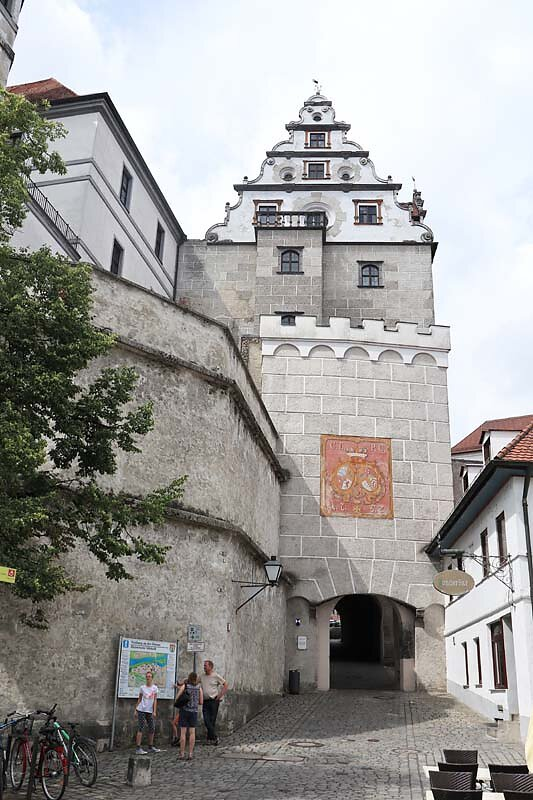 Schloss-Neuburg-12.jpg