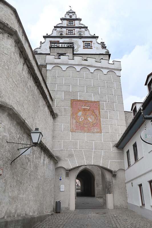 Schloss-Neuburg-19.jpg