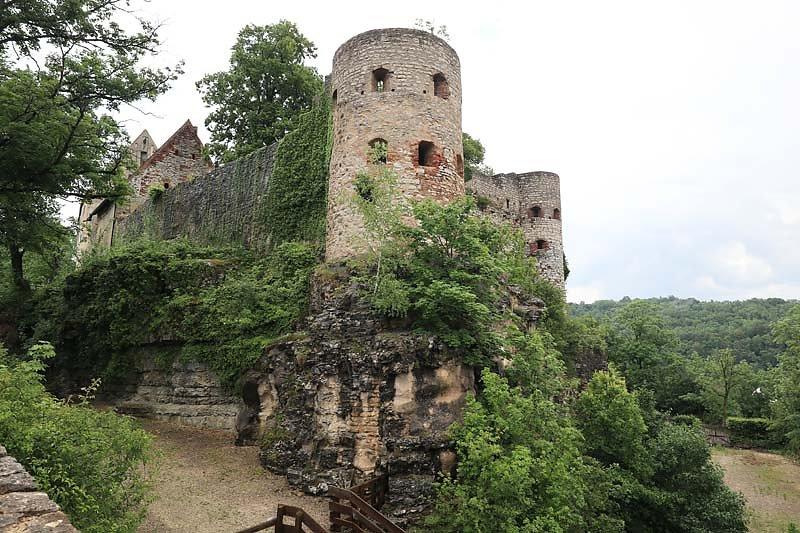 Burgruine-Pappenheim-1.jpg