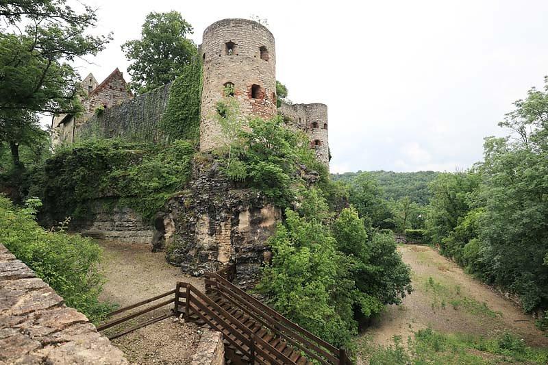 Burgruine-Pappenheim-2.jpg