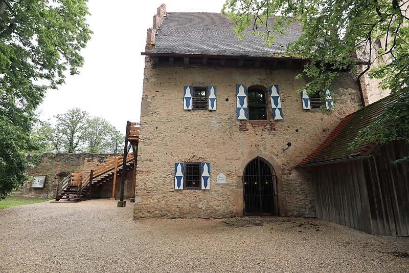 Burgruine-Pappenheim-19.jpg
